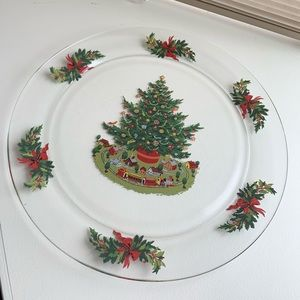 Pfaltzgraff Christmas Heritage Glass Plate w/box